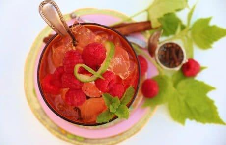 Margaret Roberts Herbal Centre - Raspberry iced tea
