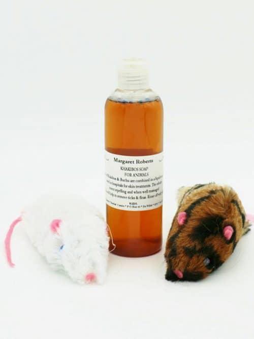 Khakibos Shampoo for Animals with Catnip filled miceKhakibos Shampoo for Animals with Catnip filled mice
